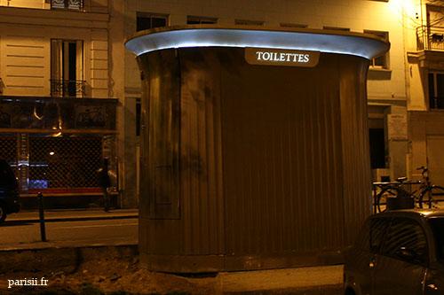 L'électricité des toilettes est obtenue uniquement à partir d'énergies renouvelables.