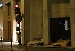 Pauvreté à Paris : clochards nouveaux pauvres