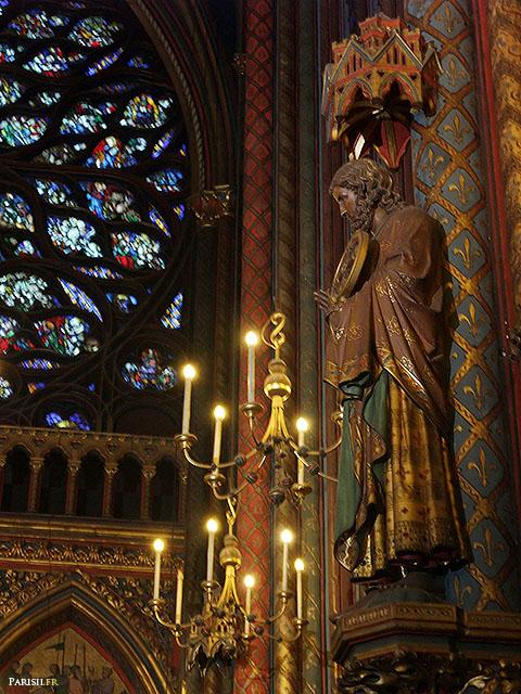 Statue d'apôtre